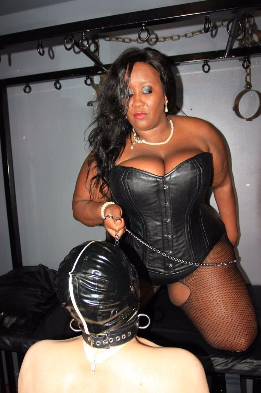 Madame caramel part world bdsm