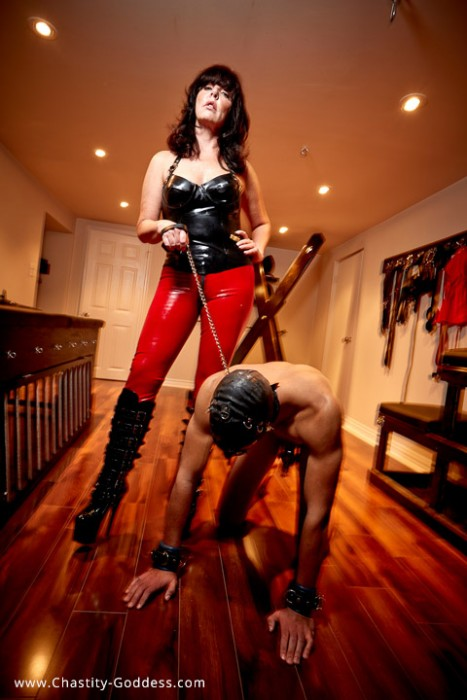chastity-goddess-with-slave