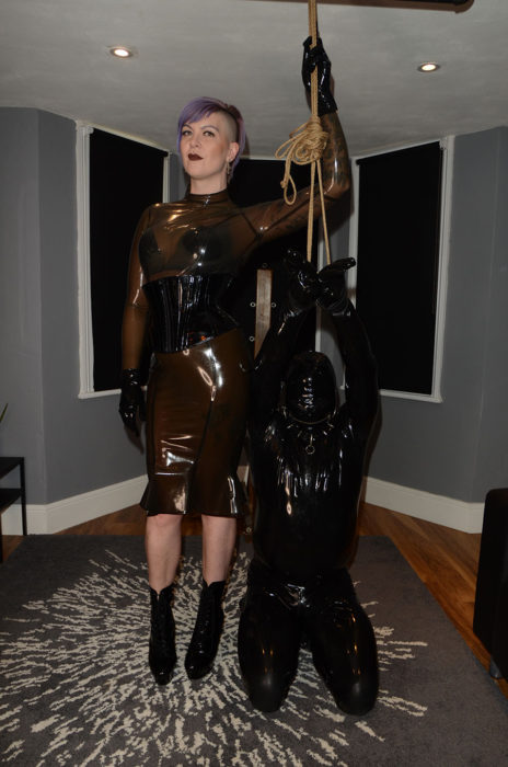 heavy rubber mistress london